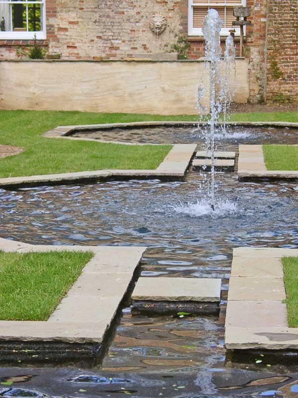 formal-pond-2a.jpg