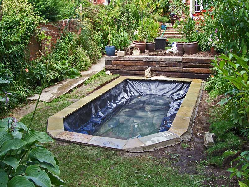Garden pond construction hampshire wiltshire dorset and for Small garden with pond design