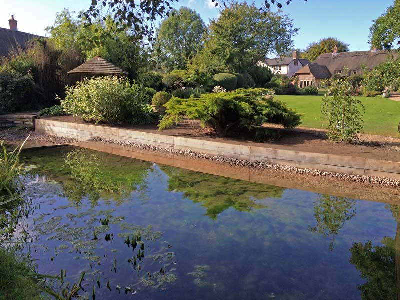 Riverbank restoration and erosion control, Dorset